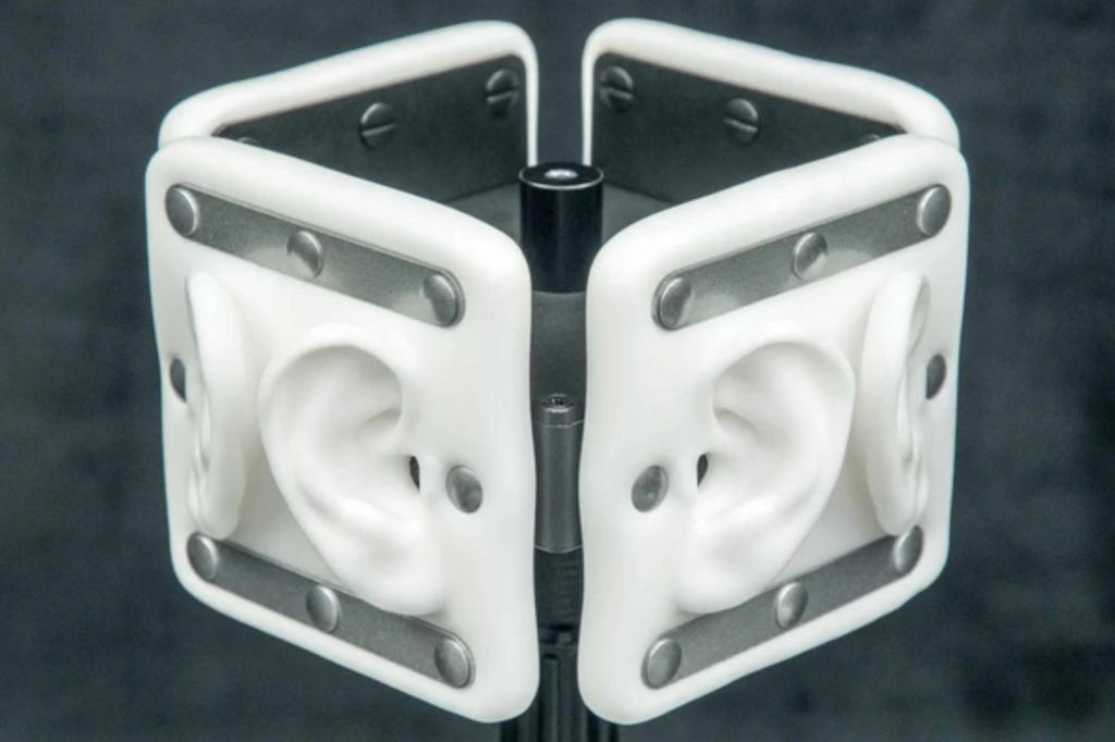 3Dio Omni Binaural Ear Shaped Microphone in studio enviornment