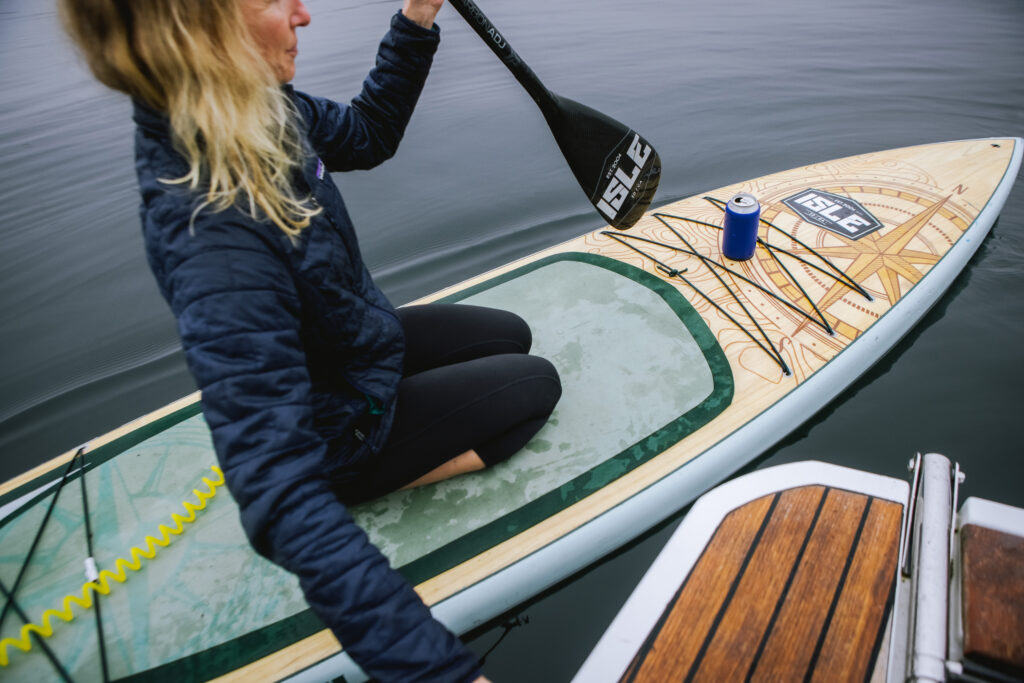 Anchor anti-spill drink holder keeps drink upright while paddleboarding